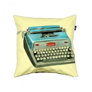 retro-typewriter-3