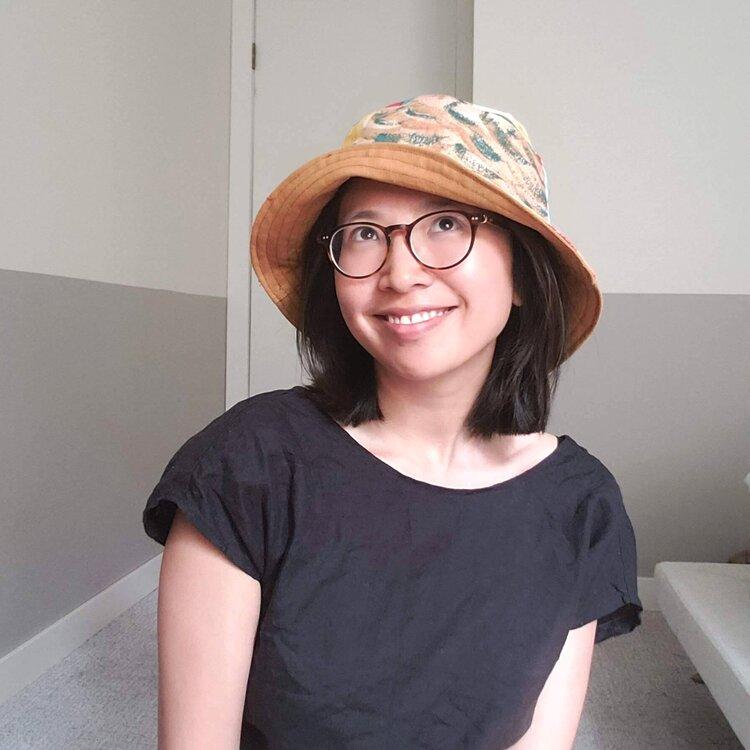 Wendy in her bucket hat